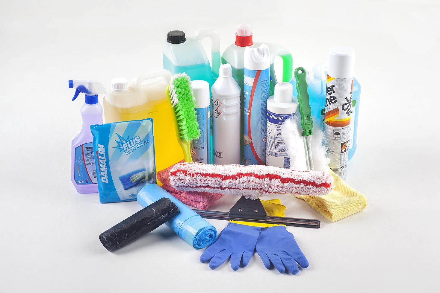 Productos y tiles de limpieza limpiezas salgado - Productos limpieza cocina ...